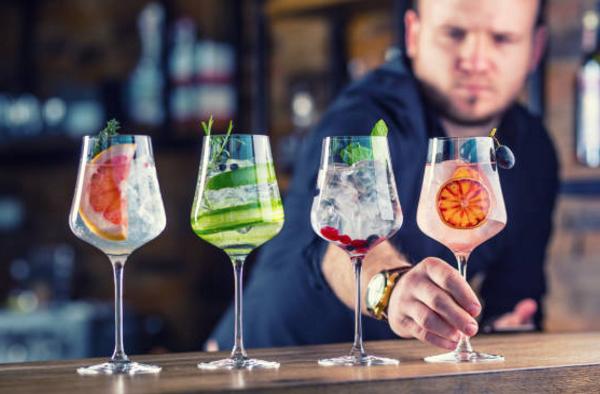 Muốn trở thành Bartender chuyên nghiệp nên bắt đầu từ đâu?