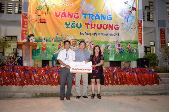 Tập đoàn Mường Thanh trao tặng 50.000.000đ cho trẻ em tại xã nghèo Nghệ An