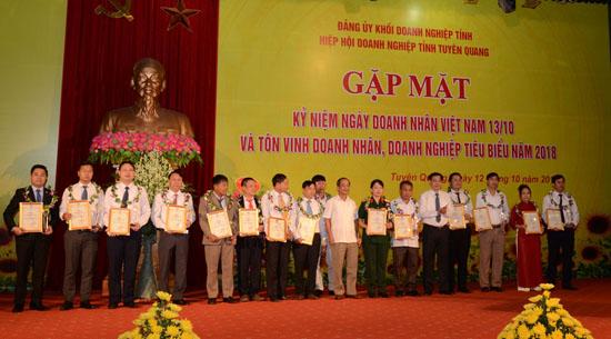 Mường Thanh Grand Tuyên Quang nhận giải doanh nghiệp tiêu biểu của tỉnh năm 2018