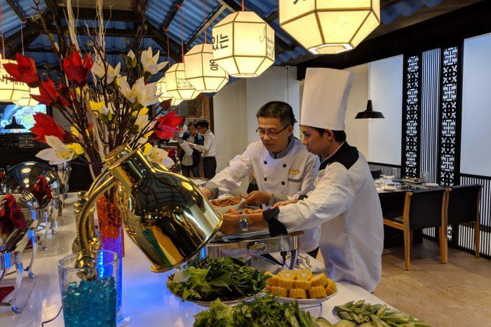 Vua nướng Hàn Quốc có mặt tại khách sạn Mường Thanh Luxury Khánh Hòa