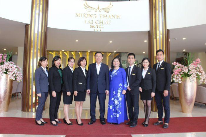 Khách sạn Mường Thanh Lai Châu vinh dự đón tiếp Phó thủ tướng Vương Đình Huệ