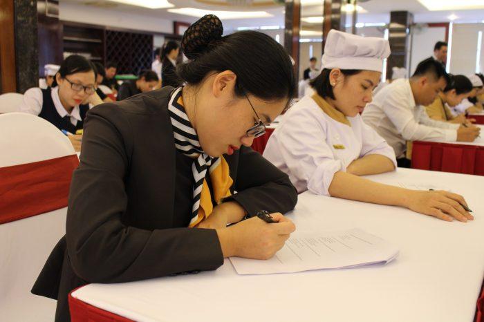 Mường Thanh Quy Nhơn tổ chức thi nghiệp vụ, bồi dưỡng chuyên môn cho CBNV