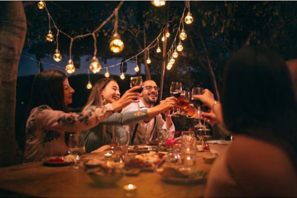 Làm thế nào để thu hút khách hàng mùa Lễ tết