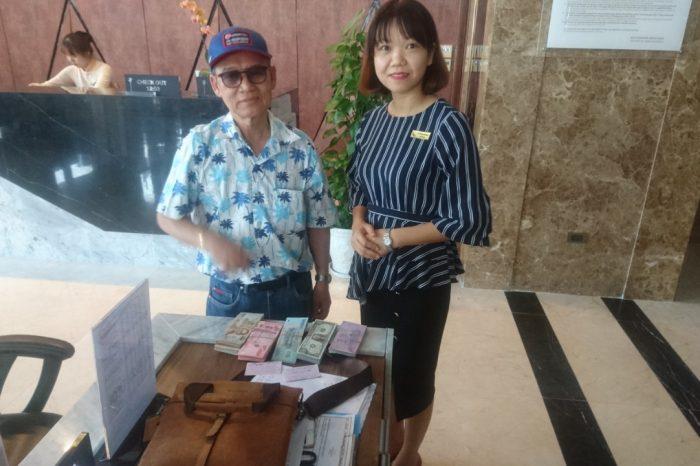 Nhân viên Mường Thanh Grand Đà Nẵng trả lại 200 triệu đồng khách để quên