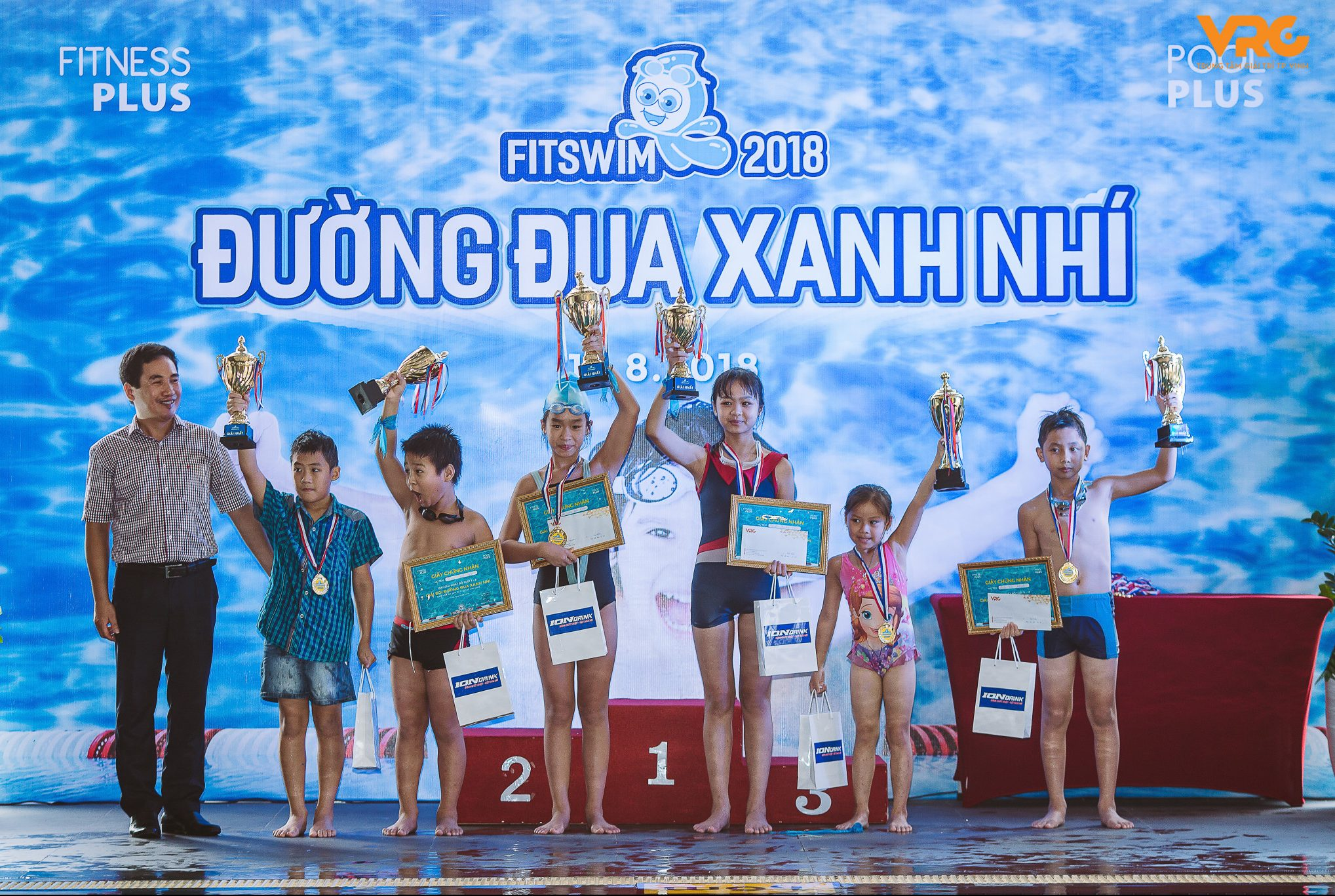 """Các """"kình ngư"""" nhí Nghệ An chờ đón giải bơi không chuyên lớn nhất năm"""