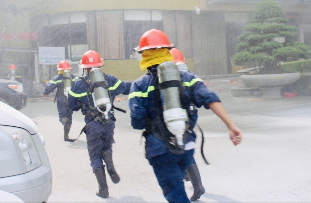 Mường Thanh Grand Điện Biên Phủ diễn tập phòng cháy chữa cháy quy mô lớn như phim điện ảnh