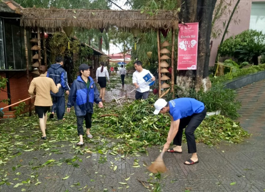 Mường Thanh Quy Nhơn tích cực khắc phục hậu quả cơn bão số 5