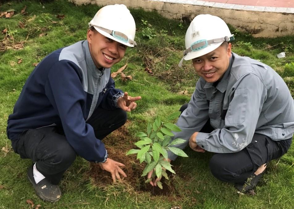 CBNV Mường Thanh Holiday Mộc Châu hào hứng phủ xanh khuôn viên khách sạn