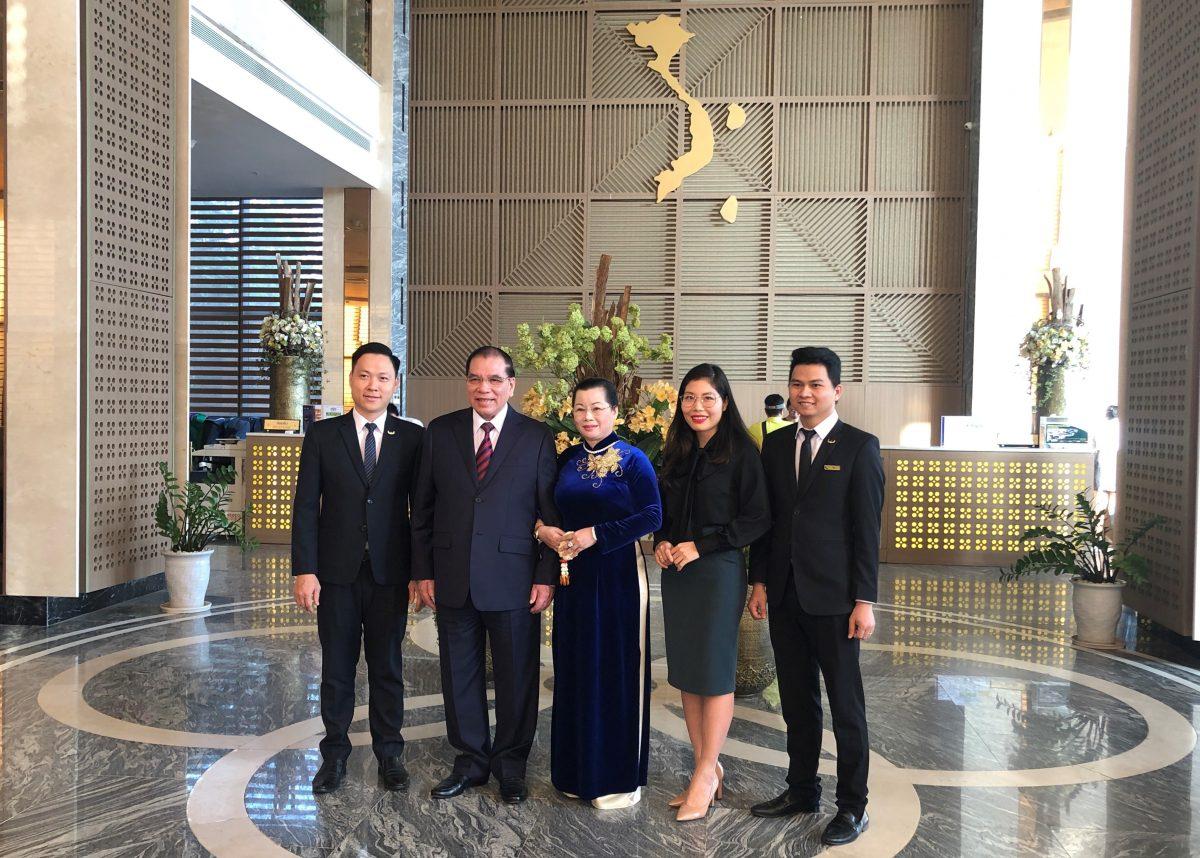 Mường Thanh Luxury Vientiane đón tiếp Nguyên Tổng bí thư Nông Đức Mạnh