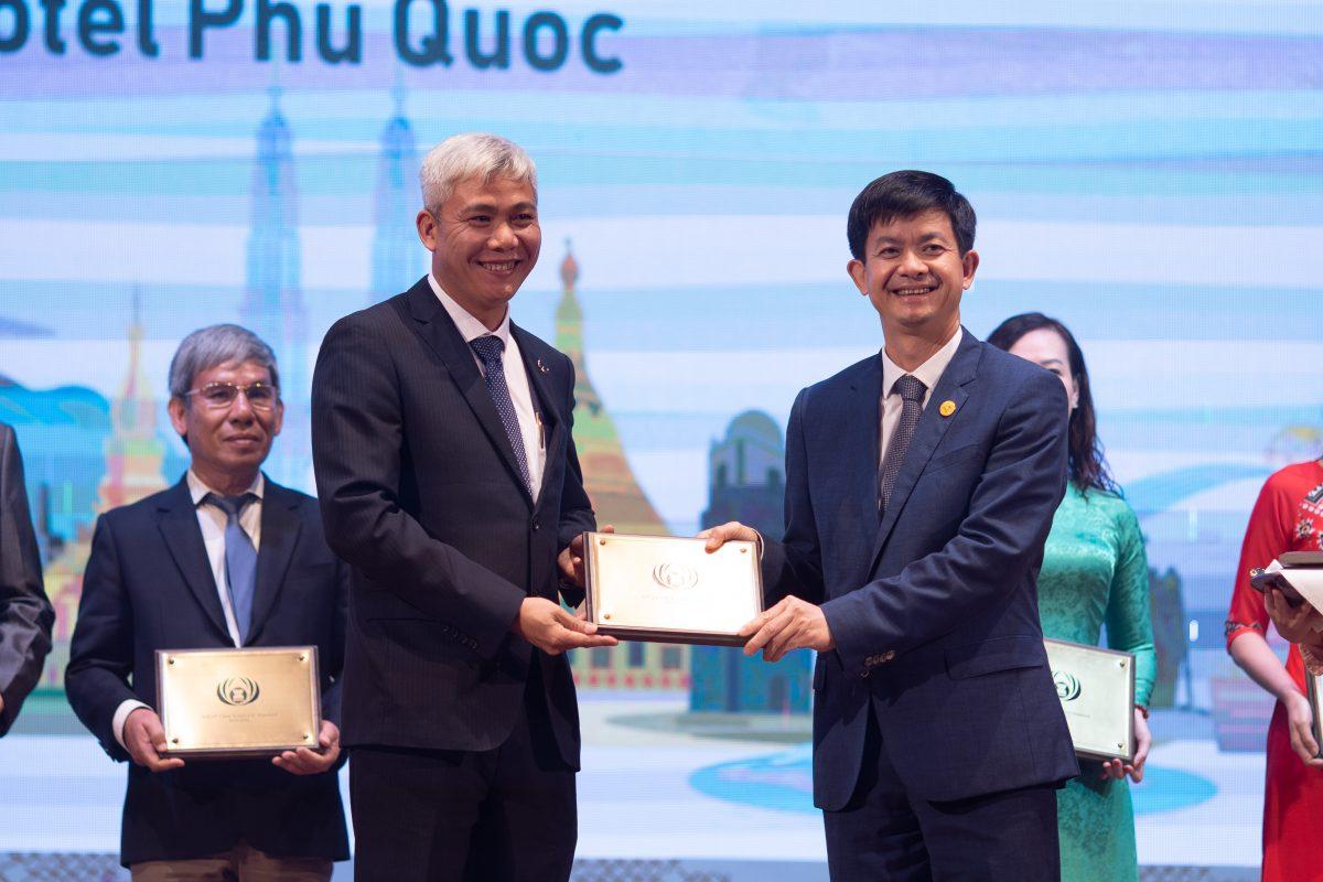Mường Thanh Luxury Quảng Ninh giành giải thưởng danh giá Asean Mice Venue Award 2020