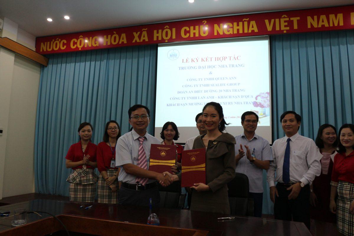 Mường Thanh Luxury Nha Trang ký kết hợp tác đào tạo với Đại học Nha Trang