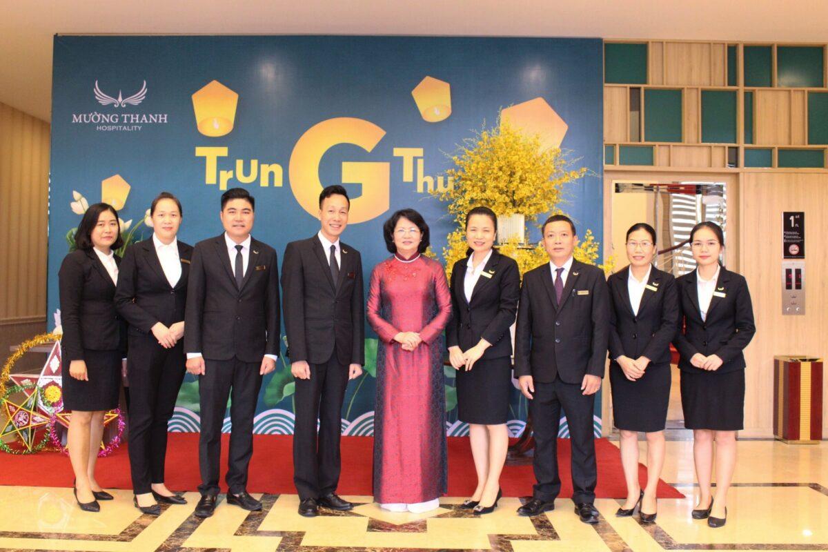 Phó Chủ tịch nước Đặng Thị Ngọc Thịnh ấn tượng với ẩm thực của Mường Thanh Luxury Lạng Sơn