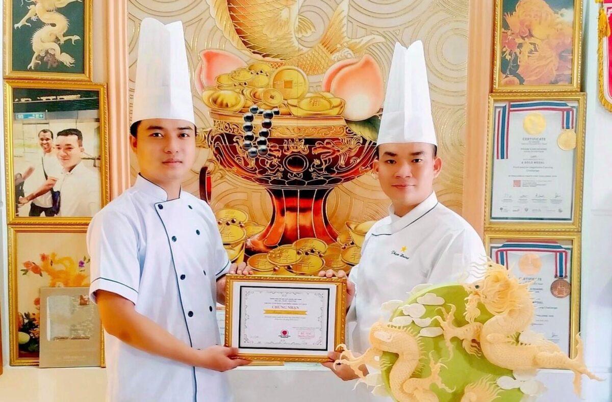 Ngỡ ngàng trước các tác phẩm nghệ thuật đẹp xuất sắc của chàng đầu bếp điển trai đến từ khách sạn Mường Thanh Holiday Huế