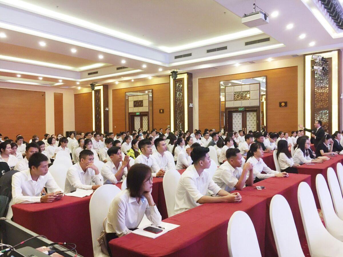 Tập đoàn Mường Thanh chào đón 200 tân CBNV khách sạn Mường Thanh Luxury Hạ Long Centre
