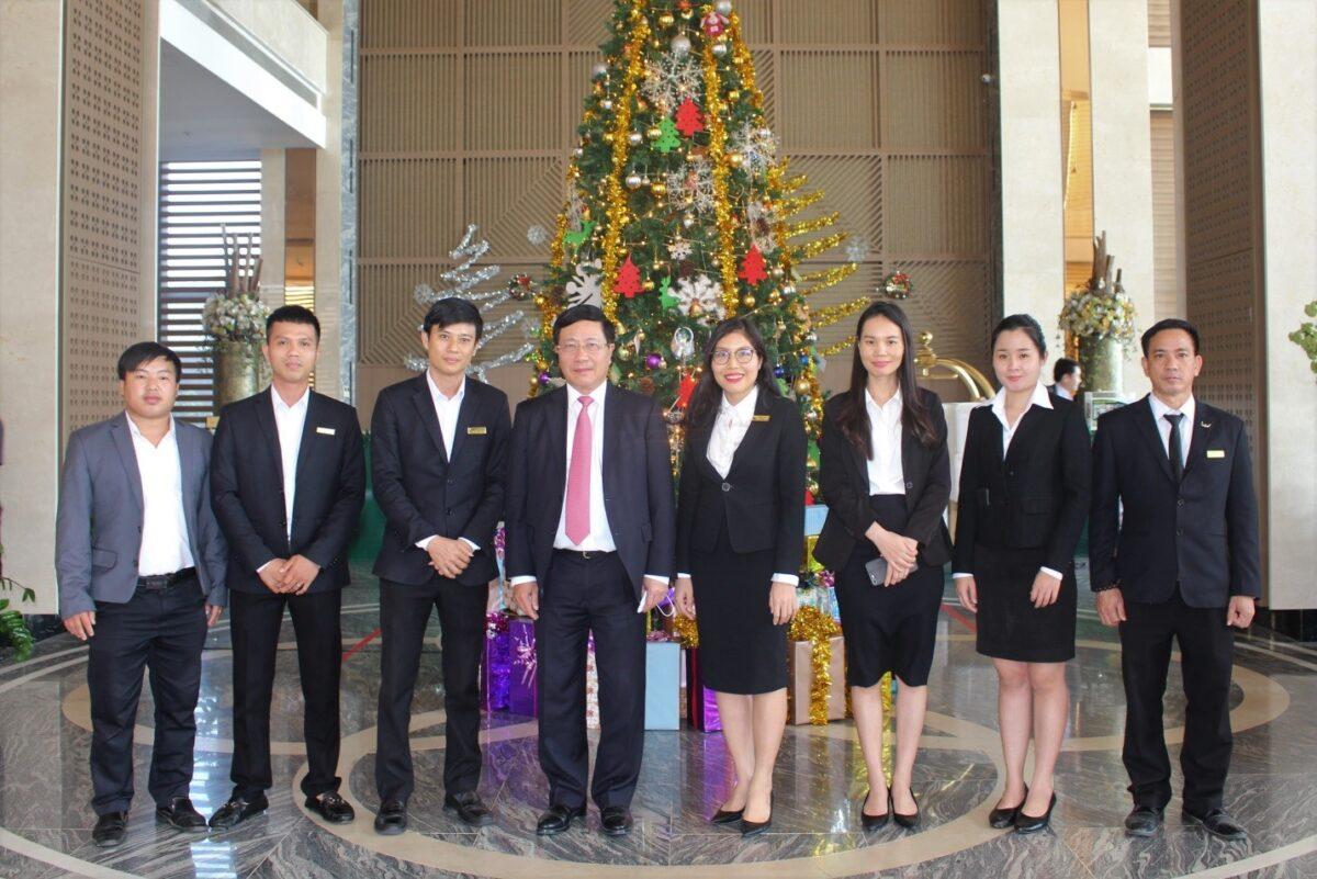 Mường Thanh Luxury Vientiane đón tiếp Phó Thủ tướng, Bộ trưởng Bộ Ngoại giao Phạm Bình Minh